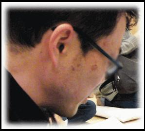 シミありの画像 | 男の顔のシミを消す方法